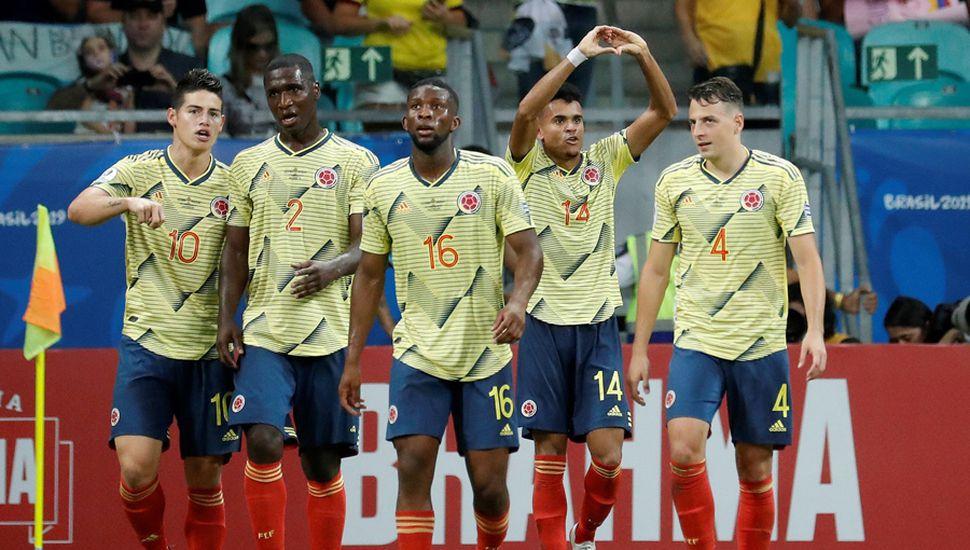 El seleccionado colombiano festejó una nueva victoria.