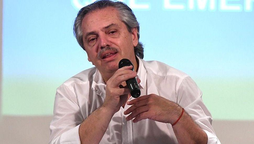 Alberto prepara una suba generalizada de los sueldos más bajos y jubilaciones