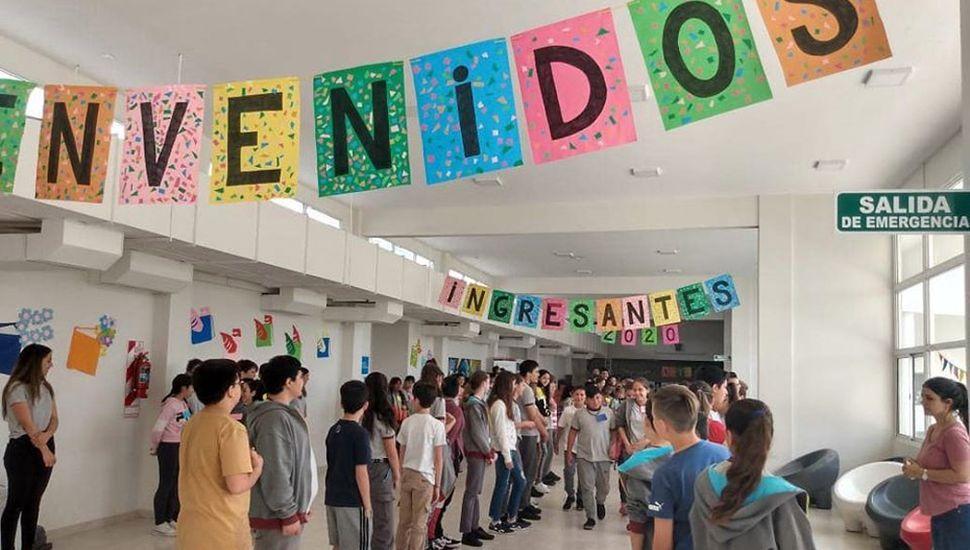 Jornada de bienvenida y ambientación con los nuevos alumnos.