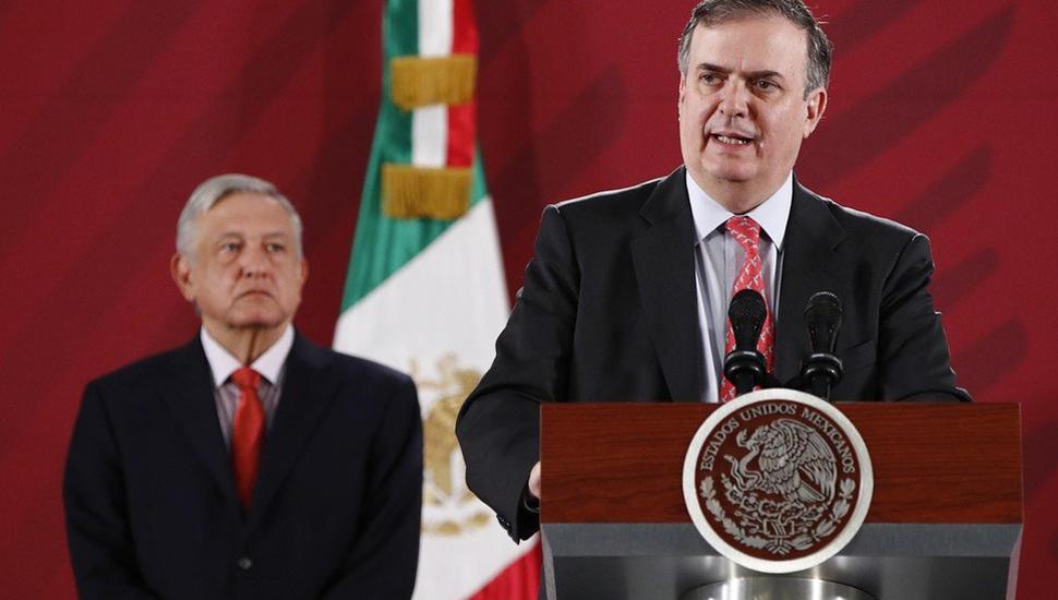 """México le dará asilo a Morales por razones """"humanitarias"""""""