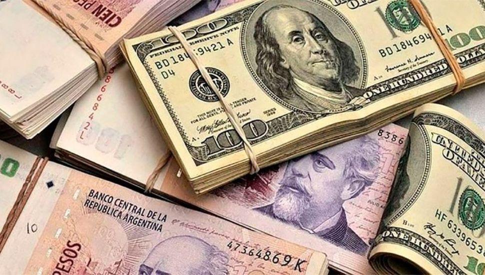 El dólar cerró a $44,55