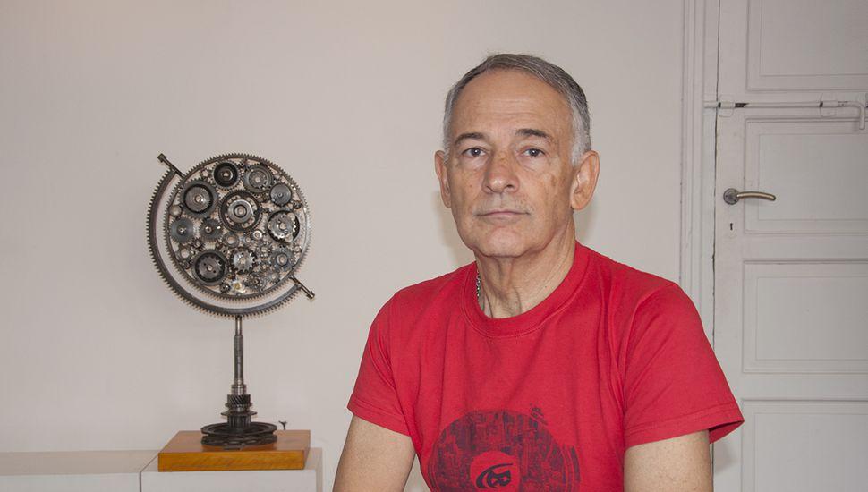 Néstor Aloisi expone en Tono Local