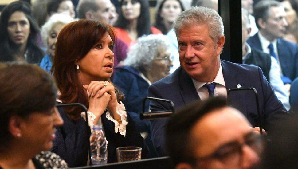 Cristina pidió faltar a la reanudación del juicio por Vialidad