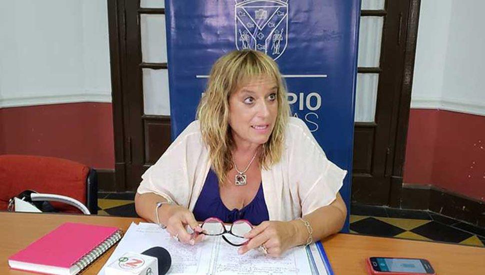 Cecilia Acerbo, directora de Educación de la Municipalidad de Rojas.