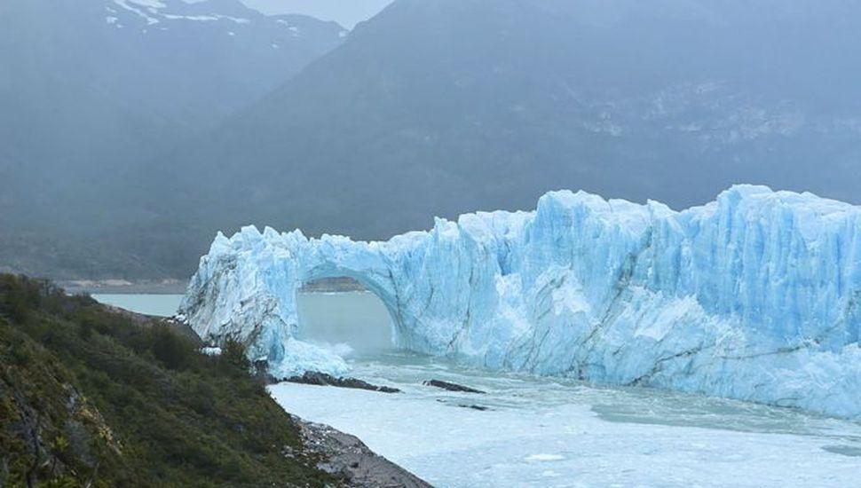 El glaciar Perito Moreno inició su proceso de rompimiento