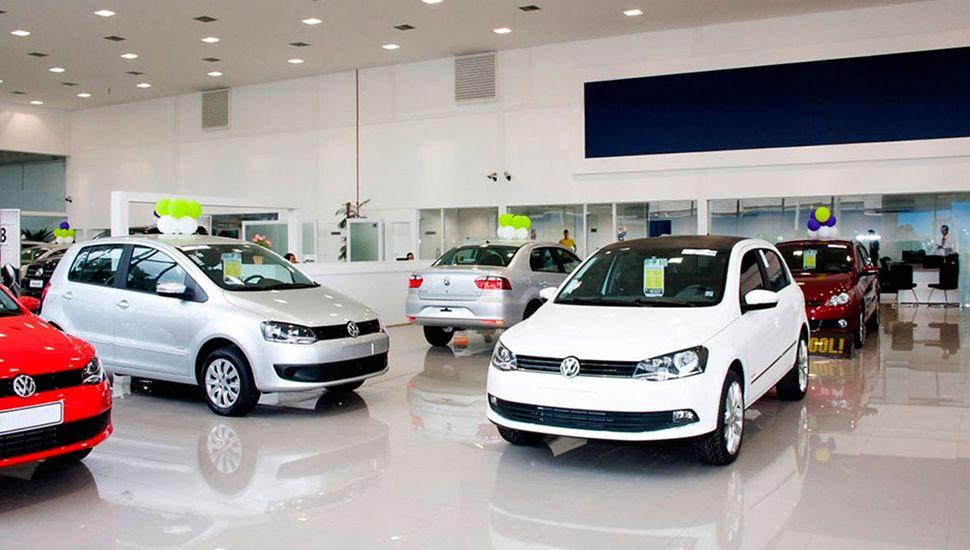 Las automotrices buscan superar uno de los peores años de la industria.