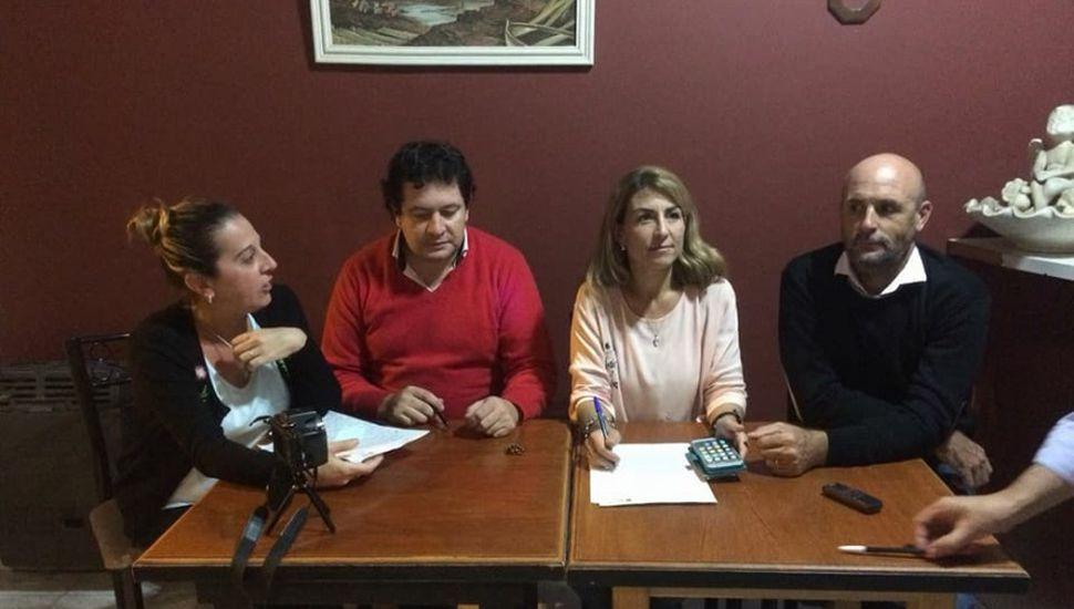 """Cambiemos pidió a Conocchiari que """"imite"""" a Vidal y baje tasas municipales de los servicios"""