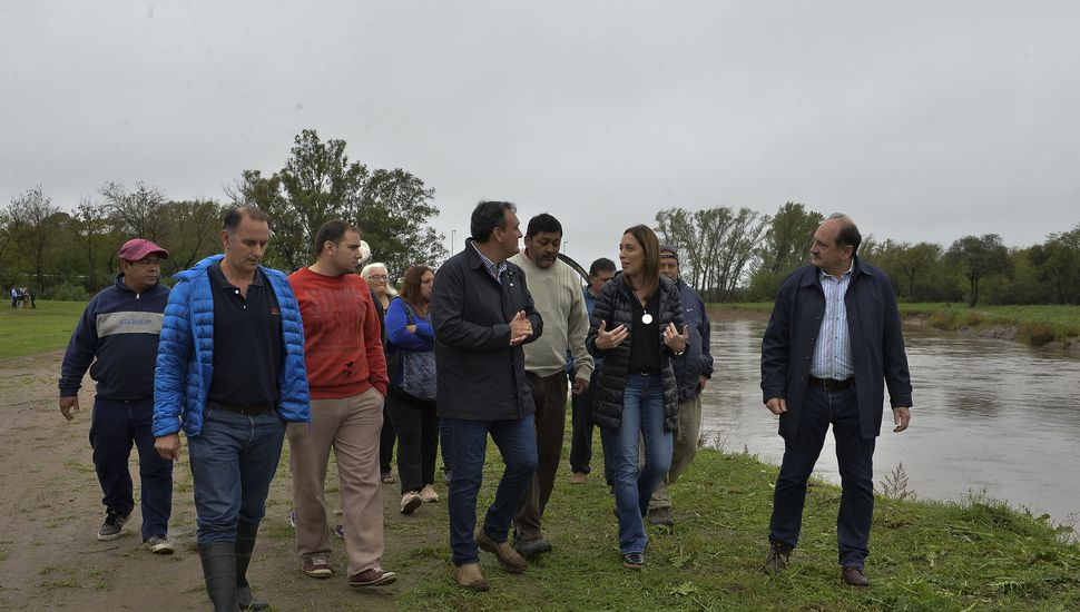 Vidal supervisó el final de una obra hidráulica en la Región