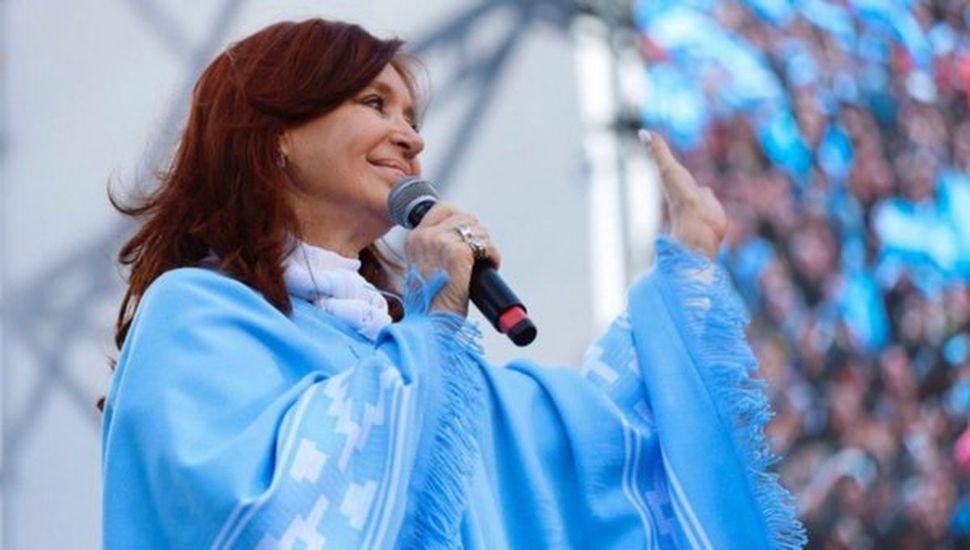 CFK insistió que en 2015 le impidieron hacer el traspaso de mando