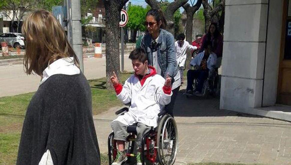 Discapacitados participaron del Circuito.