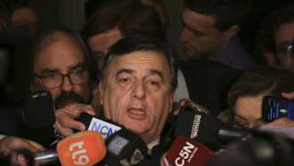 """Negri pidió """"presencia más activa"""" de la UCR en Cambiemos"""