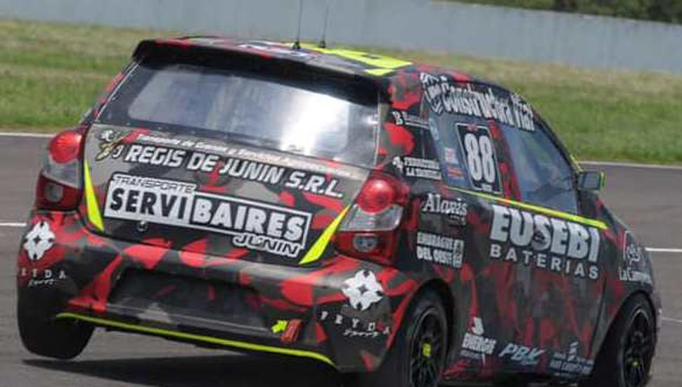 Mejoró el auto de Nicolás Bulich en Concordia, ahora atendido por el equipo ZP que lidera Pablo Pérez.