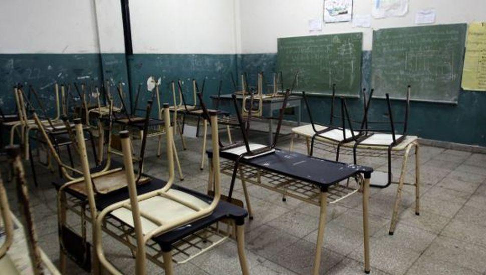 Segundo día de paro: para el gobierno de Vidal la adhesión fue del 35% y para los gremios, 90%