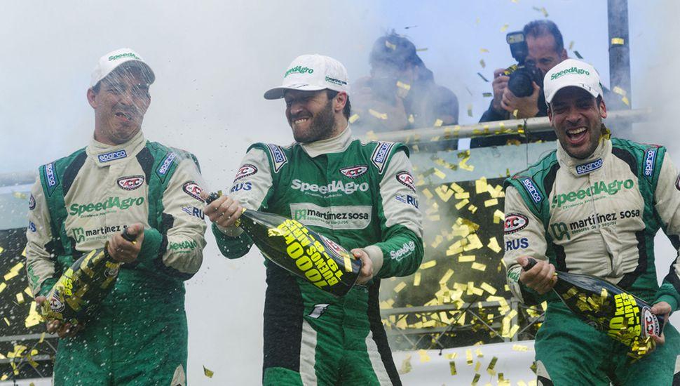Agustín Canapino (Chevrolet), en conjunto con Martín Ponte y Federico Alonso, se consagró en una entretenida carrera especial de los