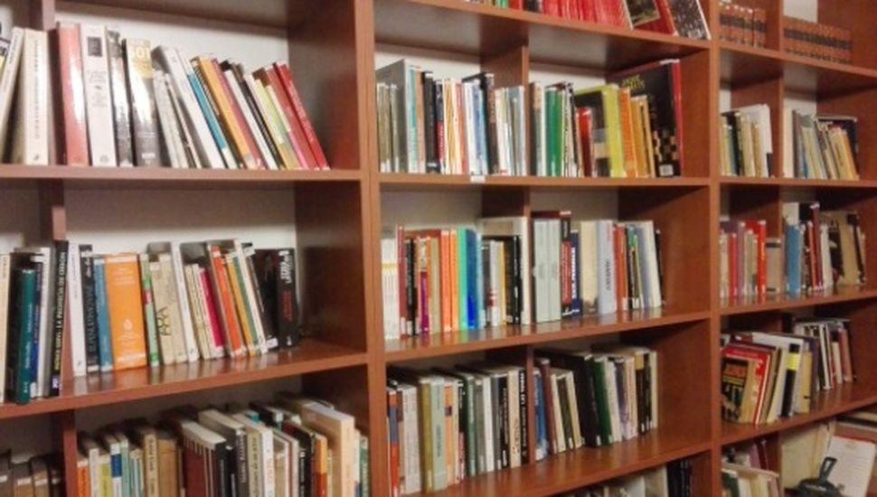 La biblioteca Mariano Moreno reanuda el préstamo de libros