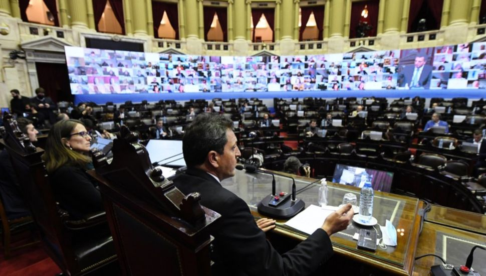Diputados debatía varios proyectos tras fallas iniciales