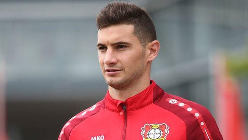 Alario fue habilitado por la Fifa y podrá debutar en Bayer Leverkusen