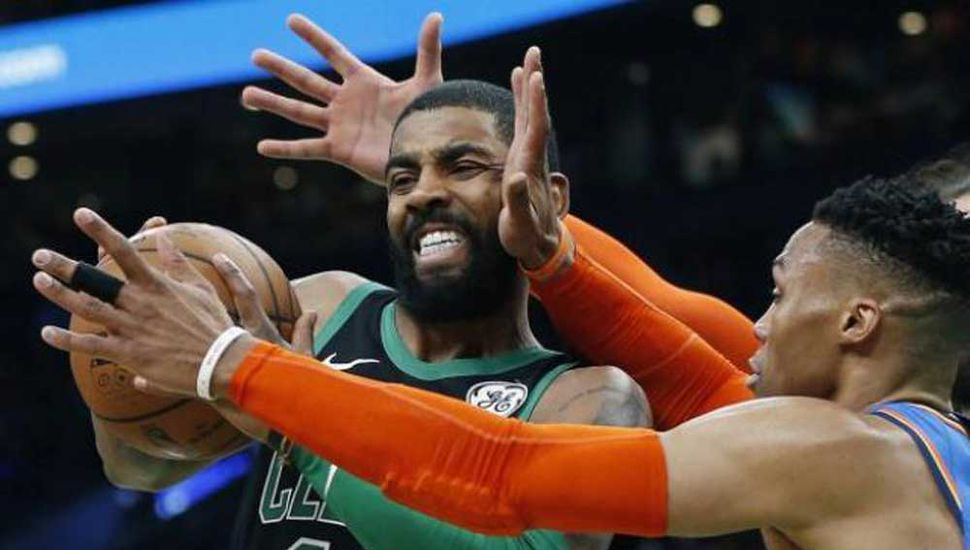 Irving le ganó el duelo individual a Westbrook en el TD Garden.