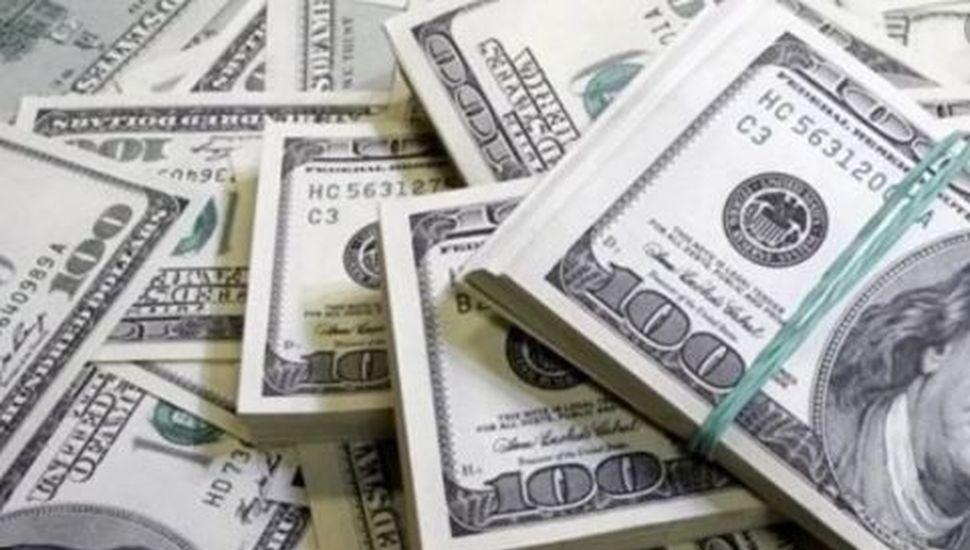 Con la premisa de la estabilidad cambiaria, la divisa sigue a $58