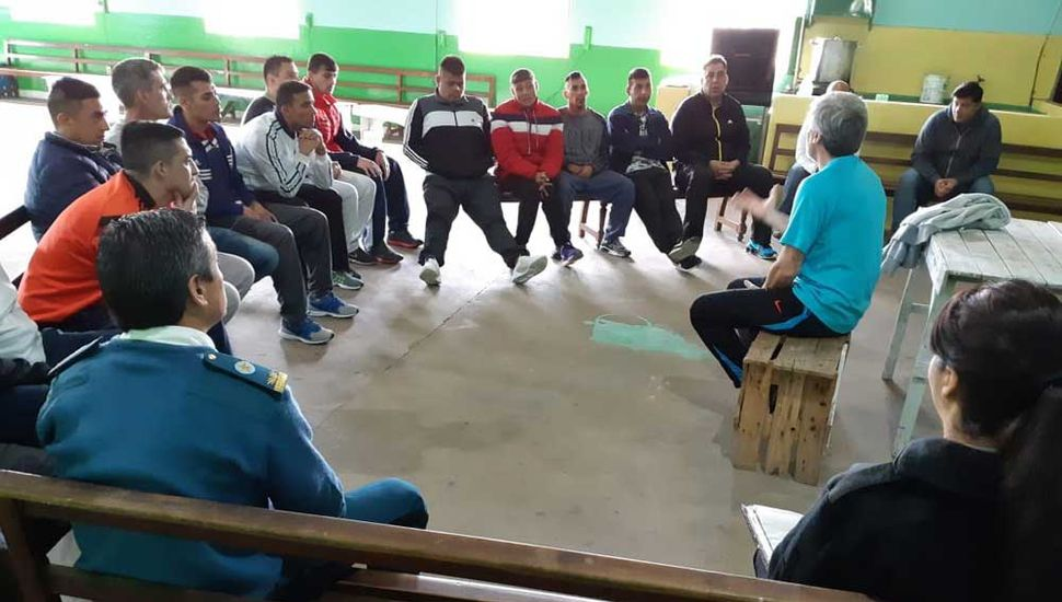 Dialogó con los internos de la Unidad Penitenciaria.
