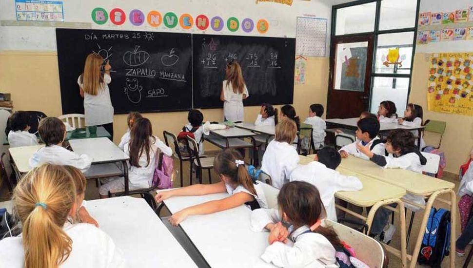 Hay que fortalecer la carrera docente
