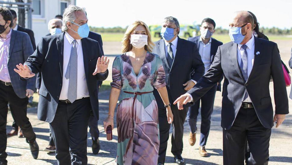 """Alberto Fernández: """"Va a haber un día después de la pandemia y vamos a estar de pie"""""""