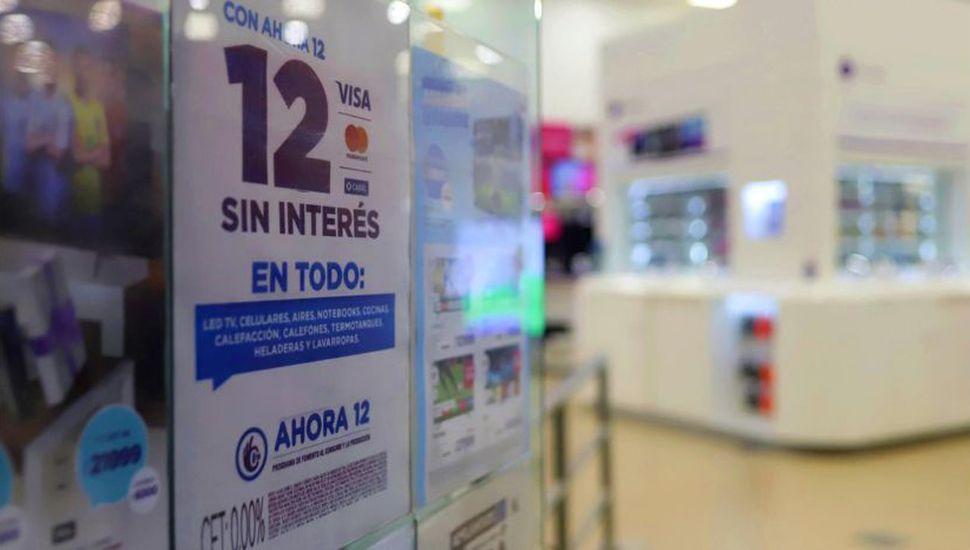 Las medidas buscan reactivar el consumo interno afectado por la recesión.