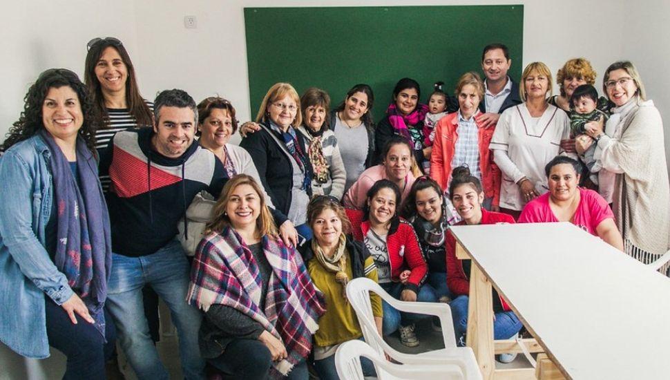 Serenal inauguró la sede del Centro de Educación de Adultos Nº 707