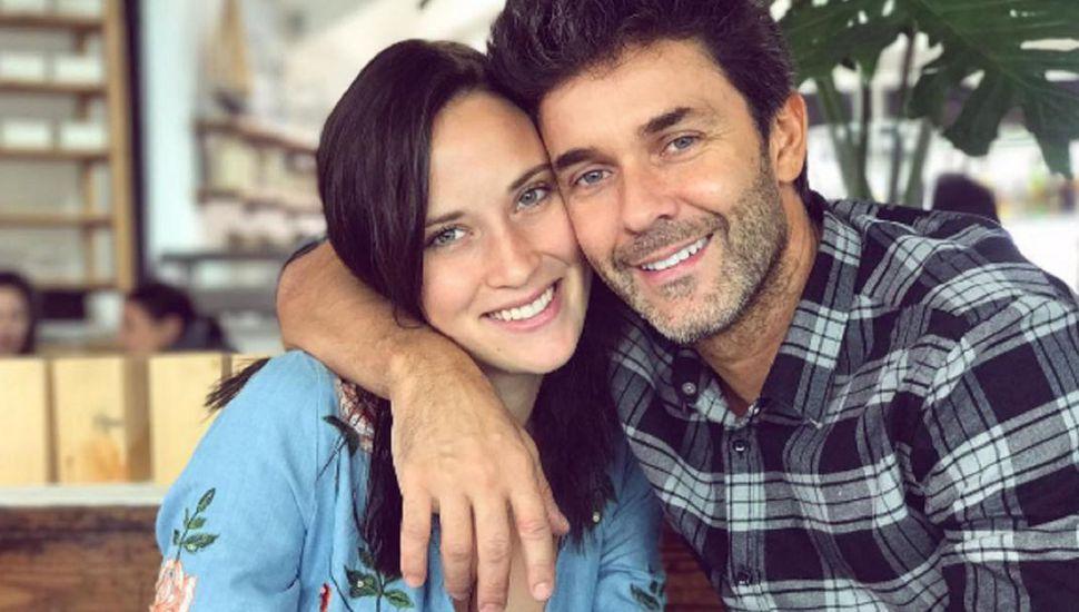 Mariano Martínez anunció su casamiento con Camila Cavallo