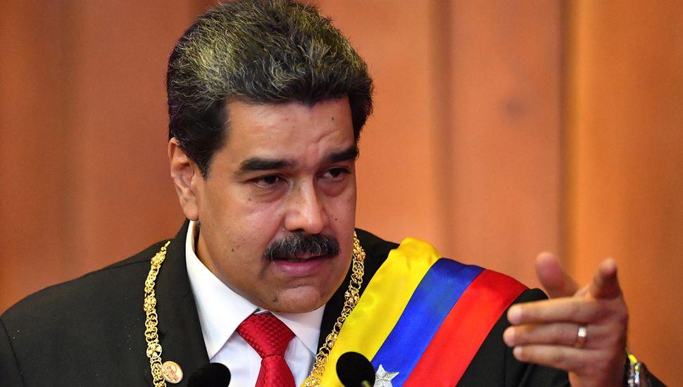 Nicolás Maduro quiere cobrar el petróleo con criptomoneda