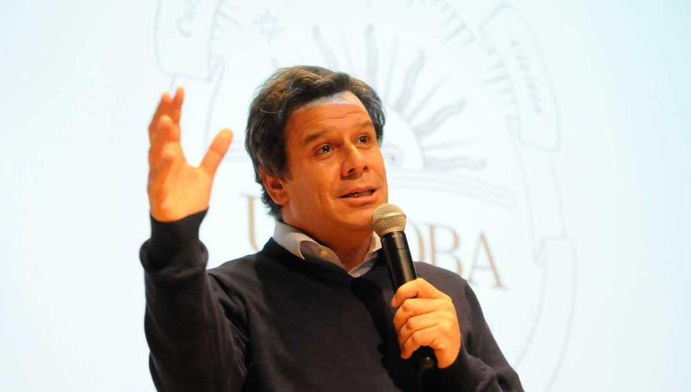 Facundo Manes presenta su nuevo libro hoy en Junín