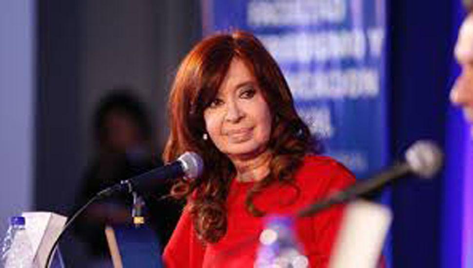 Cristina hizo críticas y también autocrítica.