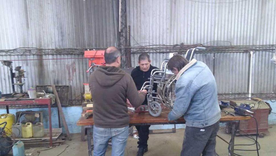 Internos de Trenque Lauquen  repararon sillas de ruedas