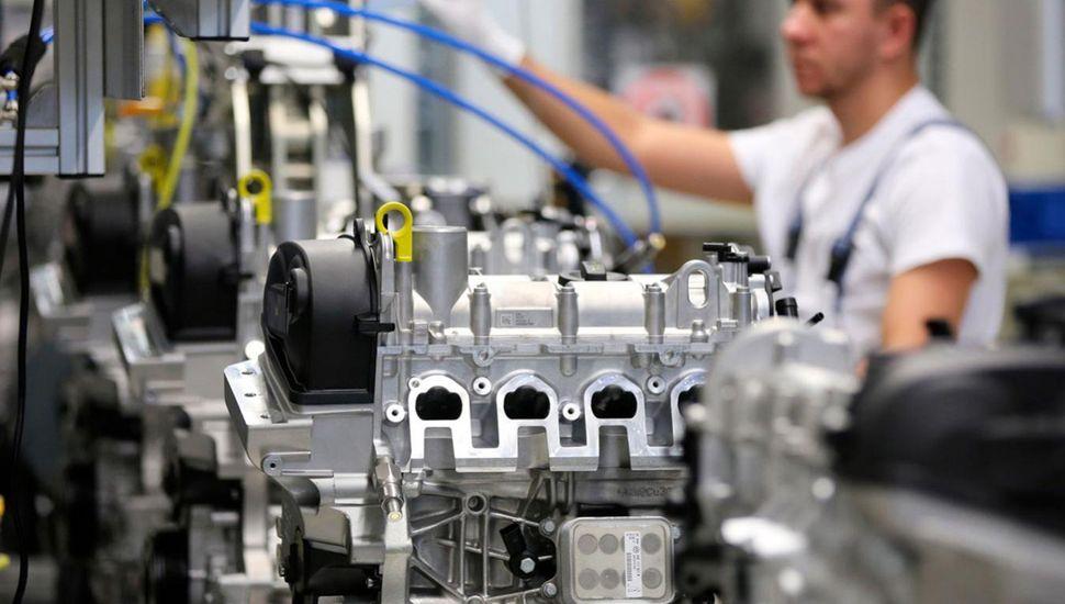 La industria fue el sector privado que perdió más empleos formales.