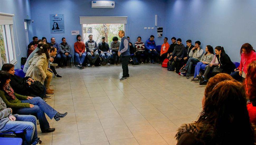 El taller estuvo dirigido a profesores y alumnos.