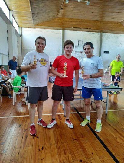Podio de Primera: Ramiro Pinto, Adrián Pegorado y Guillermo Navarro