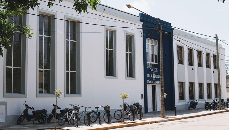 Inauguran la obra de remodelación de la Escuela Nº 1