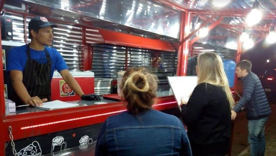 Realizaron medición de aceite en comercios gastronómicos