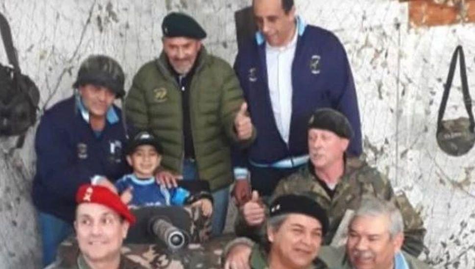 Un nene de 5 años pidió festejar su cumple con veteranos de Malvinas