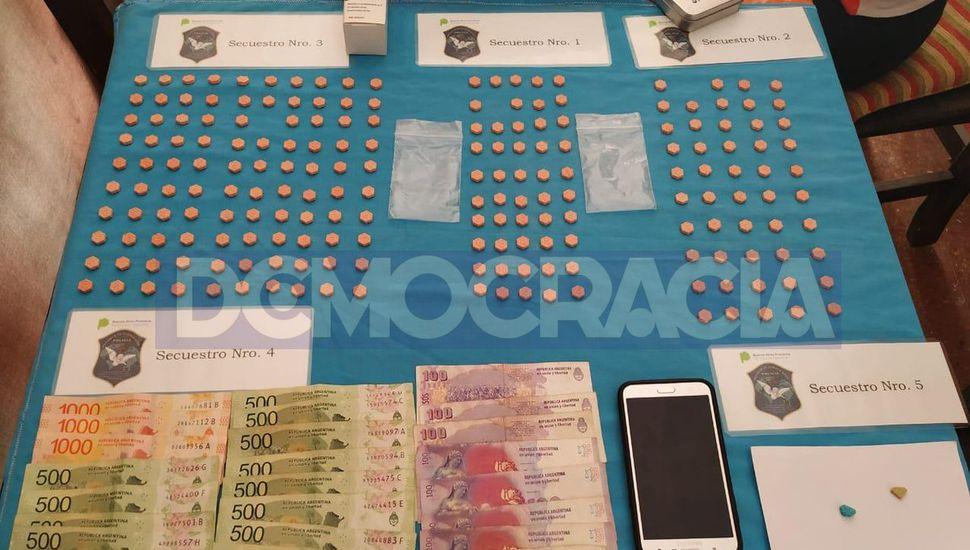 En operativos realizados en Junín y San Miguel incautaron 225 pastillas de éxtasis