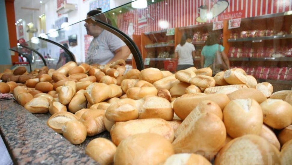 Desde que el trigo sale del campo hasta el pan en el mostrador, el precio se multiplica siete veces.