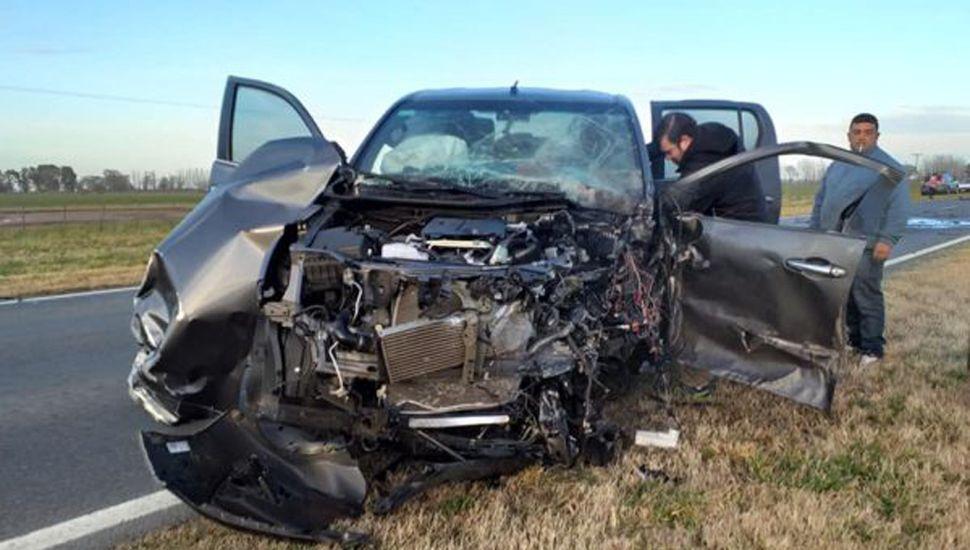 El conductor de la Toyota perdió la vida.