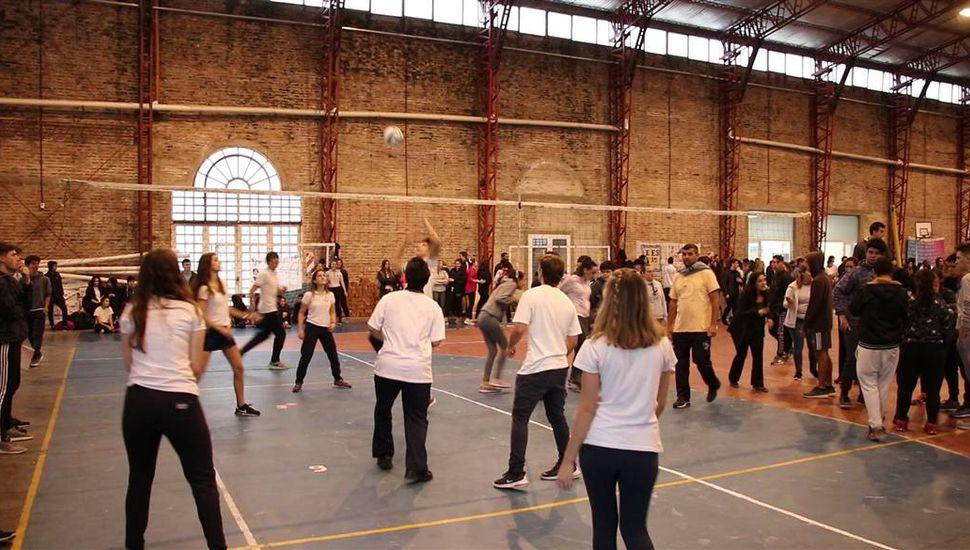 Cientos de alumnos ya disfrutan de los Juegos Juninenses