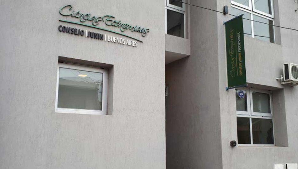 Frente del Consejo Profesional de Ciencias Económicas.