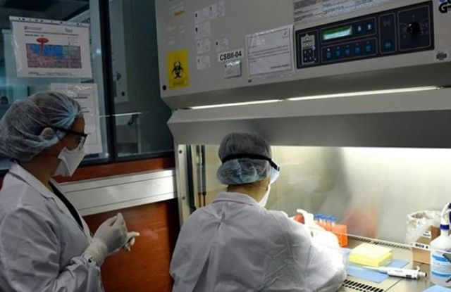 En el Instituto Malbrán se hacen los diagnósticos de COVID- 19.