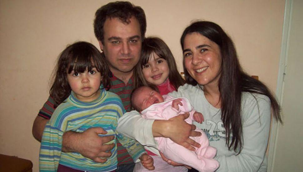 La familia fue encontrada 24 días después del accidente.