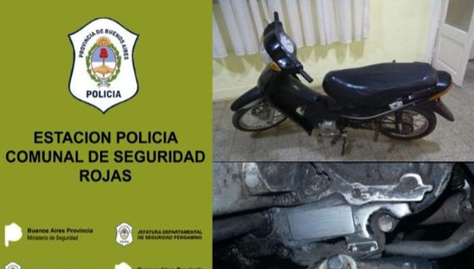 La policía secuestró una moto que era conducido por un chico sin carnet ni papeles