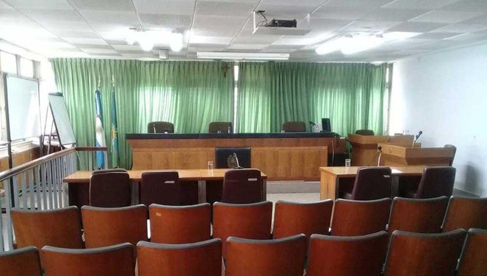 El Tribunal Oral deberá fijar una fecha para el juicio.