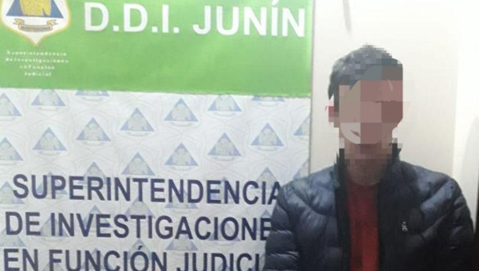 """La policía atrapó a un ladrón que cometía """"escruches"""" en Junín."""