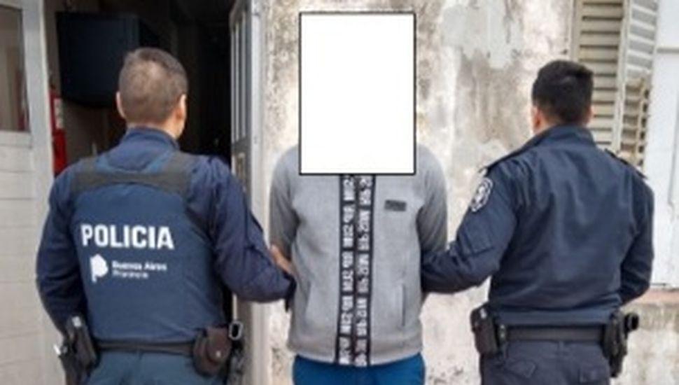Tras una persecución a pie, detuvieron a un hombre por rebeldía